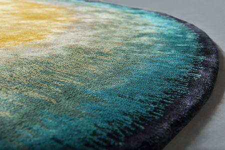 Rug SUNRISE still 02 (ZIP)